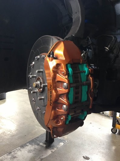 PMU 999 installed with AP Racing Rotors - Photo Courtesy of nlpamg